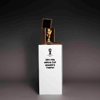 Speciální pouzdro na trofej - Louis Vuitton