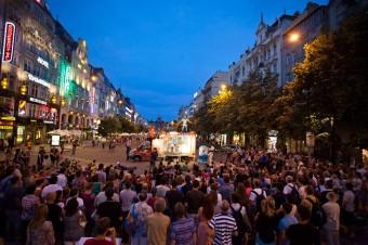 Václavské náměstí ožije festivalem Za dveřmi