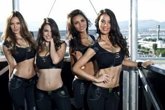 MOTO GP: divocí jezdci a sladké holky