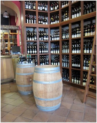 Vinný sklep a tapas bar láká na španělského šéfkuchaře a kvalitní vína