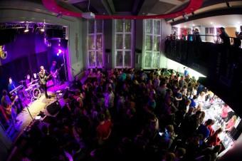 Hudbou nabitý podzim v klubu La Loca - zdroj: LA LOCA