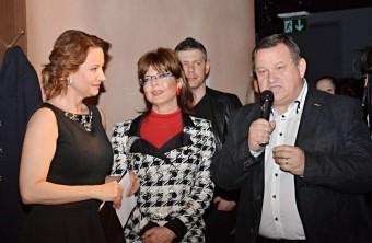 Moderátorka Marie Tomsová, herec a bavič Jiří Werich Petrášek