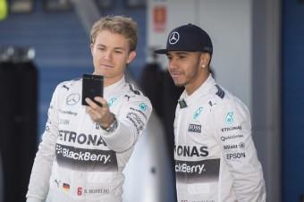 Nico Rosberg a Lewise Hamilton ze stáje Mercedes, zdroj: Shutterstock