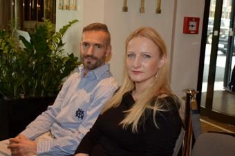 Šéfredaktor David Radil s přední českou módní návrhářkou Petrou Kociánovou.