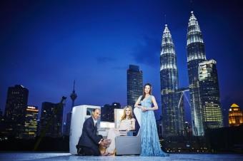 Jimmy Choo, Georgia May Jagger a Michelle Yeoh, Kuala Lumpur, British Airways