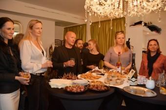 Neformální ateliérové setkání u Petra Kociánová Fashion Designer