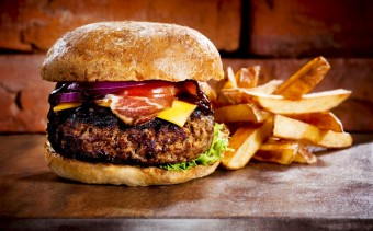 Hamburger, fenomén nejen moderní doby, foto: Dreamstime.com