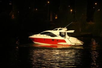 Překvapení večera: jachty Azimut Yachts připluly do Čech