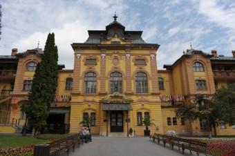 Liečebný dom Astória, Bardejovské lázně, Nejkrásnější podzim je v lázních a na horách