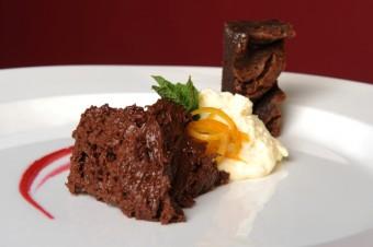 Biscuit s čokoládovou pěnou a Créme Anglaise, Chez Marcel