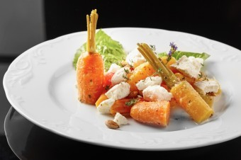 Salát z mladých mrkví s kozím sýrem a citrusy, Park Hotel Popovičky