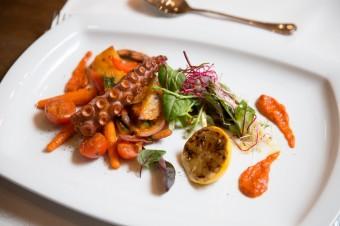 Chobotnice pod pekou, restaurace Giardino