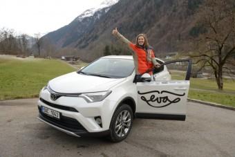 Eva Samková dostala nové auto, Foto: Toyota Centra Europe - Czech