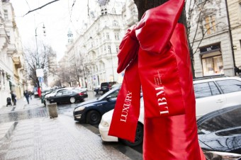 Butiky Luxury Brand Management pulzují naplno