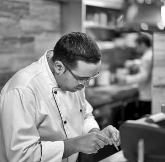 Šéfkuchař Miguel Innella, Gastrobar Monarch