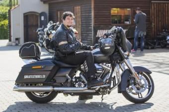 Luis Castilla v Praze, Discover More, Harley-Davidson