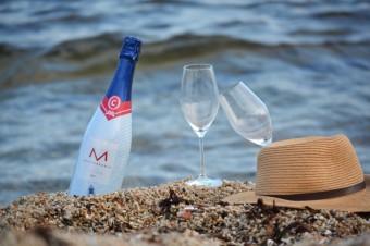 Letos letí drinky z cavy, Premier Wines & Spirits