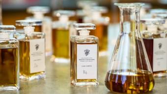 Na světě existuje přes více než 2 500 značek skotské whisky. Tajemství blendované skotské whisky tkví v hledání požadované chuti, které je dosaženo mícháním z jednodruhových sladových, jednodruhových obilných whisky nebo jejich kombinací
