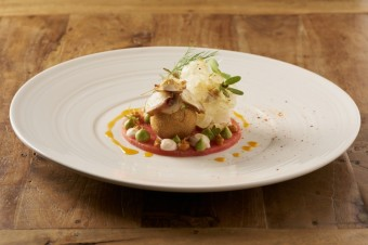Chobotnice s avokádem, vodním melounem a pastou z kraba, Restaurace Grand Cru
