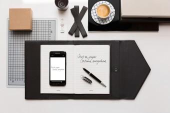 Zápisník Montblanc Augmented Paper, cena 18 200 Kč, butik Montblanc