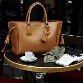 Kabelka Penelope, Longchamp, foto z kampaně s Alexou Chung