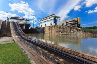 Panamský průplav, foto zdroj: Shutterstock
