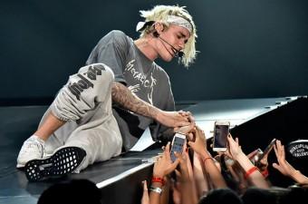 Slavní muži, kteří milují módu, Justin Bieber, foto zdroj: Footshop