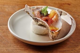 Budou ústřice s tuňákem, kaviárem a ponzu omáčkou součastí vašeho valentýnského večera?