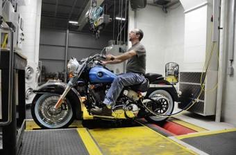 Výrobní linka Harley-Davidson.