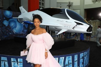 Rihanna na premiéře akčního dobrodružného snímku Valerian a město tisíce planet.