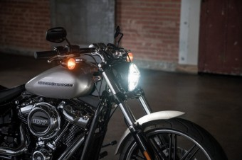 Breakout, Harley-Davidson