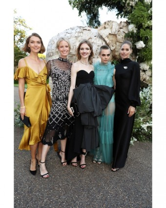 Models Arizona Muse, Caroline Weinberg, Natalia Vodianova, Cara Delevingne and Doutzen Kroes dazzled in Tiffany jewelry at the Porter X Tiffany & Co. Gala for Save the Elephants, photo Credit: Getty Images