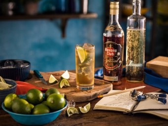 Especial & Ginger Ale, Havana Club -  Añejo Especial