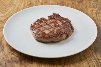 Steaky, Vinný bar Lodecká 4, Praha 1