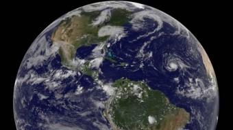 Irma making its way across the Atlantic, zdroj: NASA/NOAA