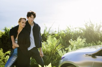 Tvářemi celosvětové módní kampaně Mercedes-Benz budou topmodelka Amber Valletta a její syn, foto kredit: MBPFW