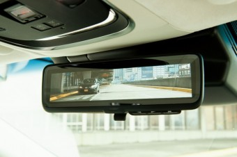 Digitální zpětné zrcátko Lexusu, zdroj fotek: Lexus Newsroom
