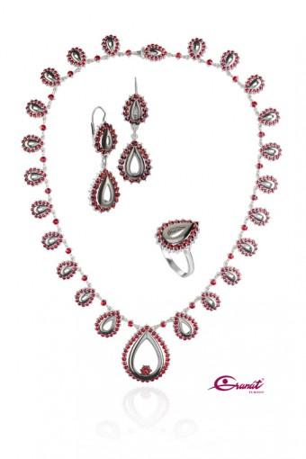 Luxusní souprava šperků Kapky s pravými českými granáty - Menhouse.eu