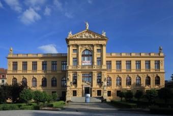 Hlavní budova Muzea Prahy