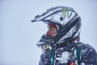Lewis Hamilton na akčním víkendu v Japonsku, foto kredit: Monster Energy