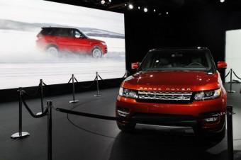 Daniel Craig představil v New Yorku nový Range Rover Sport - Menhouse.eu