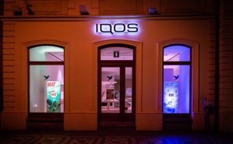 První IQOS STORE, Confidence Digital