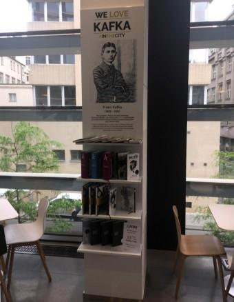 We love Kafka, Obchodní centrum Quadrio