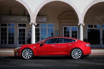 Ekologické auto roku 2013 - Tesla Model S