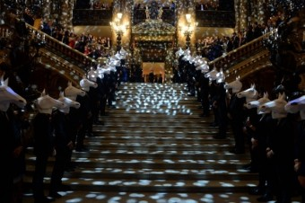 Schody Opery Palais Garnier, 70. narozeniny Maison Longchamp