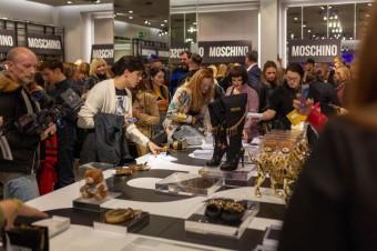 POP UP store s kolekcí MOSCHINO [tv] H&M