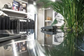 Fashion shop MOCAFE