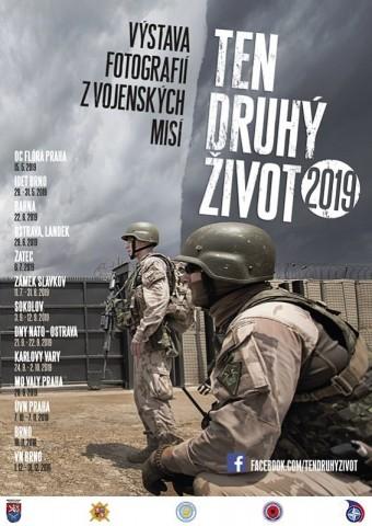 Výstava fotografií z vojenských misí, Army den v OC Atriu Flora