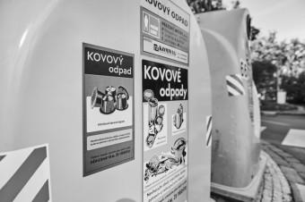 Kontejner na kov Praha, foto kredit: Pražské služby