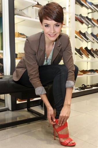 Česká Miss 2013 Gábina Kratochvílová nakupuje